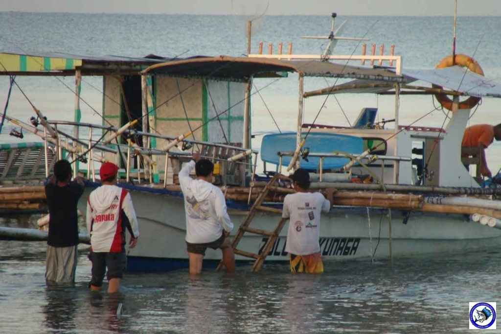 calatagan batangas fishing 02522.jpg