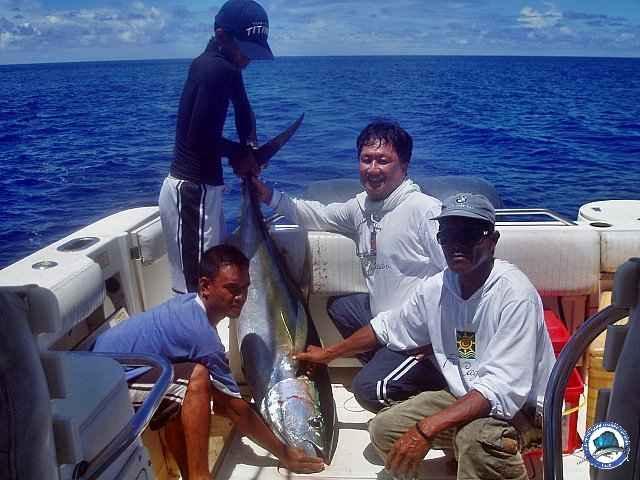 calayan island fishing 1010090.jpg