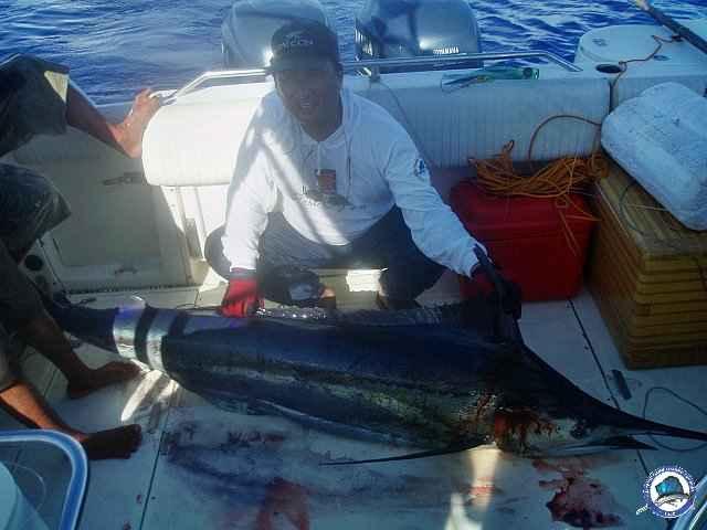 calayan island fishing 1010098.jpg