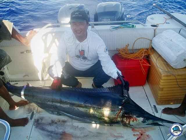 calayan island fishing 1010099.jpg