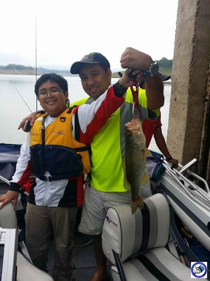 PANTABANGAN FATHER & SON BASS FISHING 1.jpg