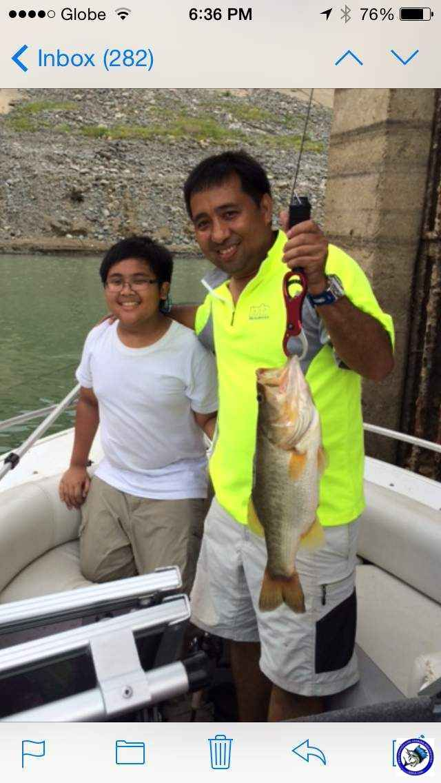 PANTABANGAN FATHER & SON BASS FISHING 3.JPG
