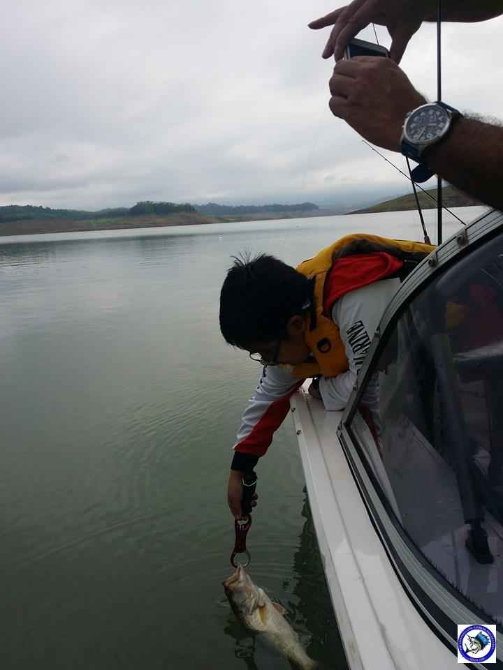 PANTABANGAN FATHER & SON BASS FISHING 4.jpg