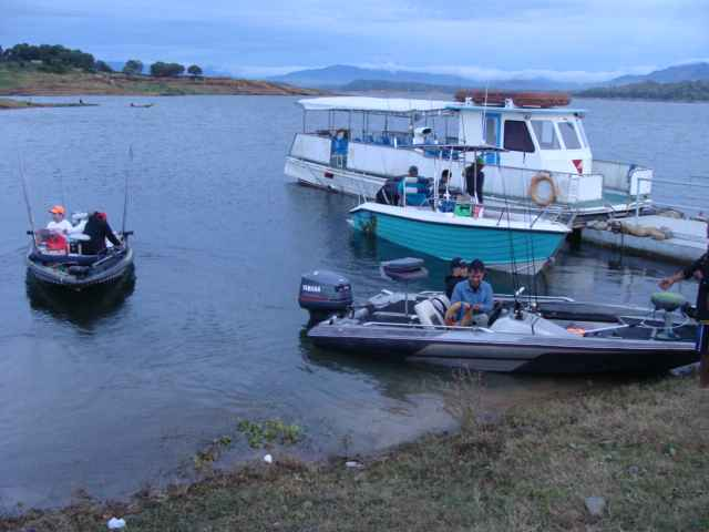 pantabangan bass fishing 09966.JPG