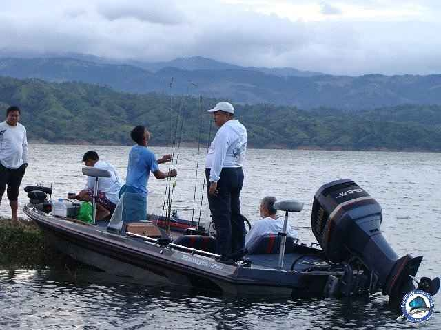 pantabangan bass fishing 38s+catch.jpg