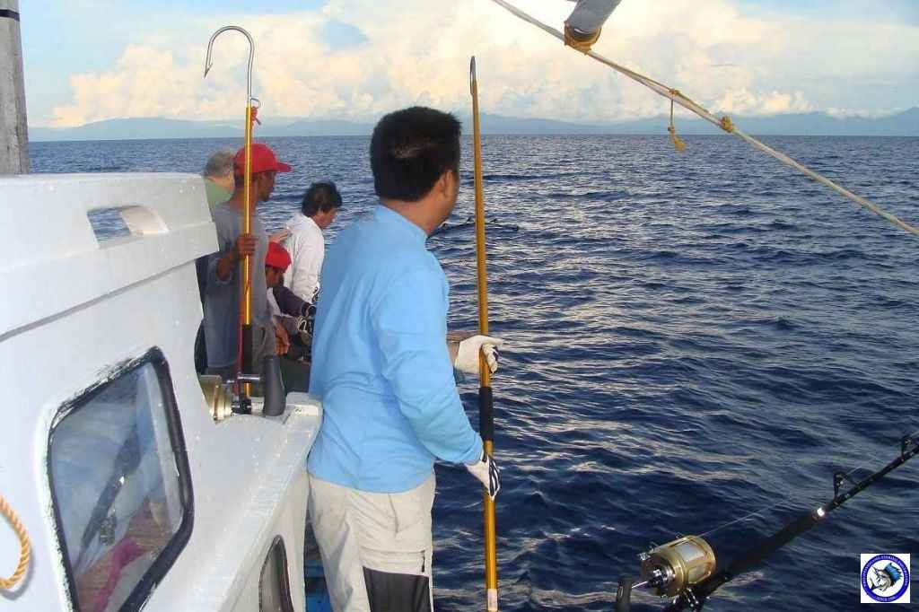 Philippine Sport Fishing 318kg Black Marlin02.JPG