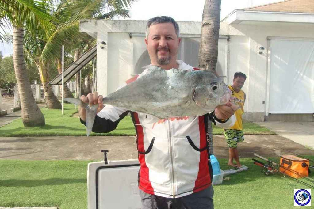 calatangan fishing 02718.jpg