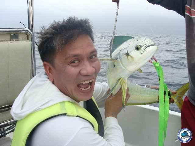 laiya batangas fishing 00885.jpg