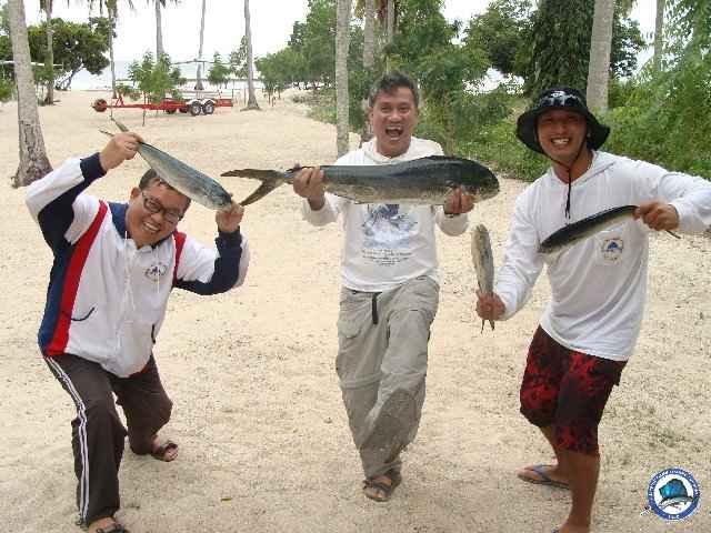 laiya batangas fishing 00888.jpg