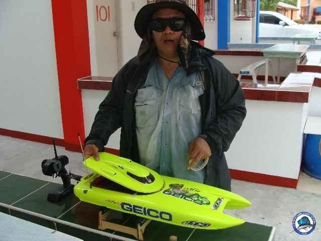 laiya batangas fishing 00891.jpg