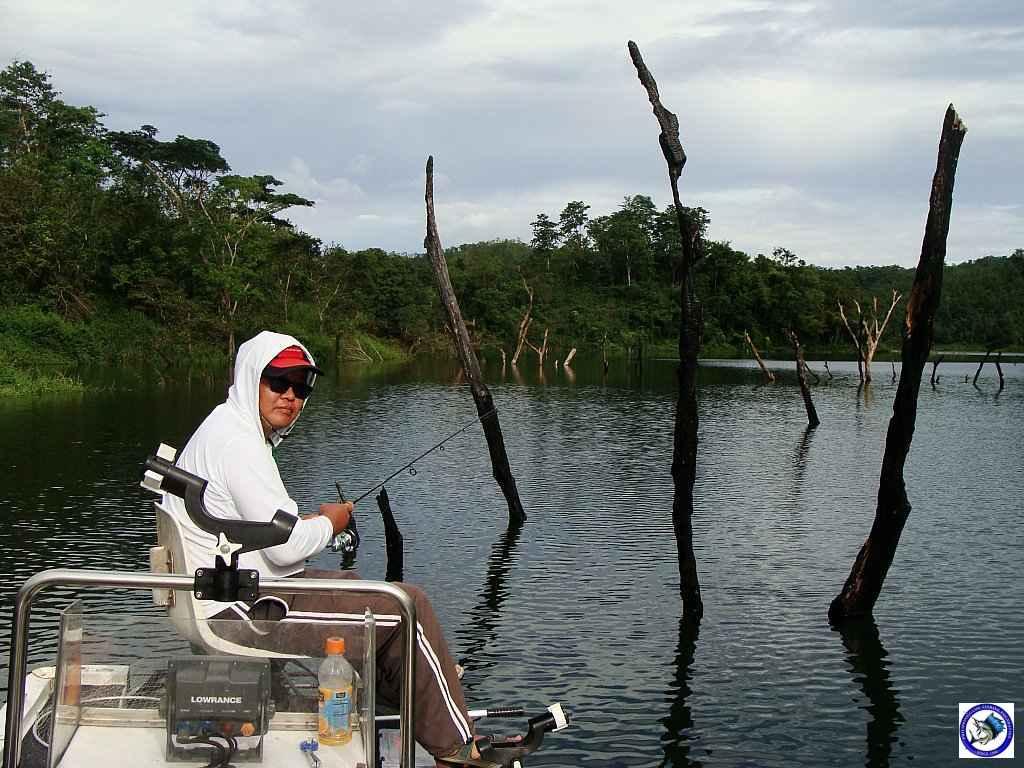 philippine bass fishing 01966.jpg