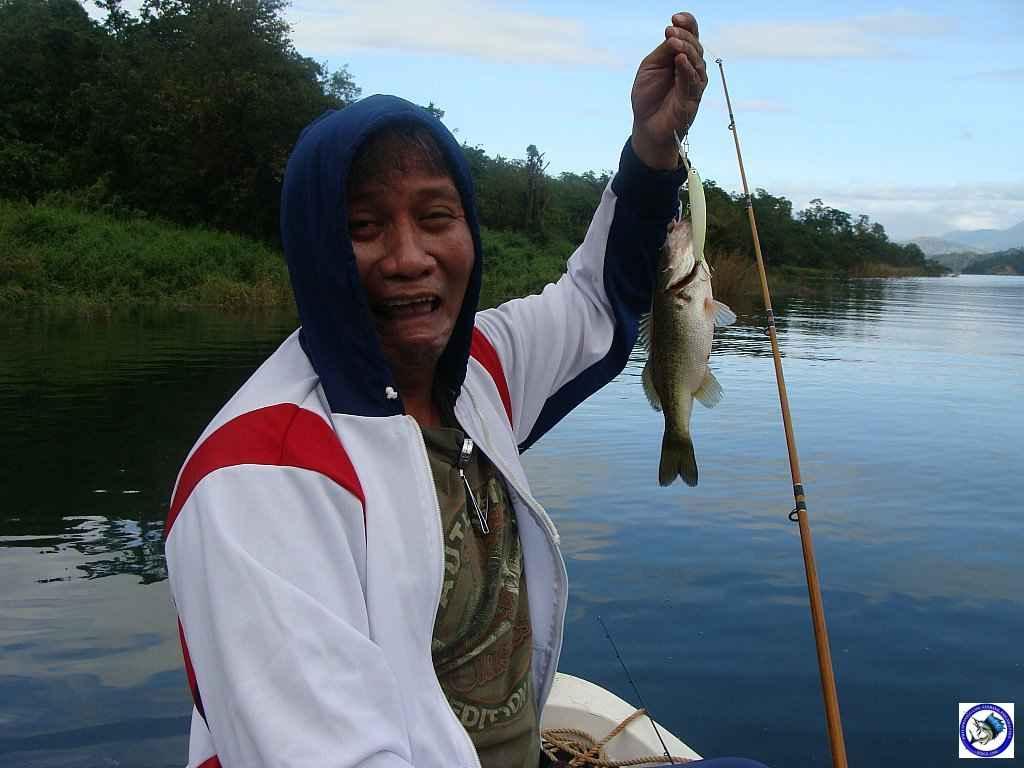 philippine bass fishing 01973.jpg