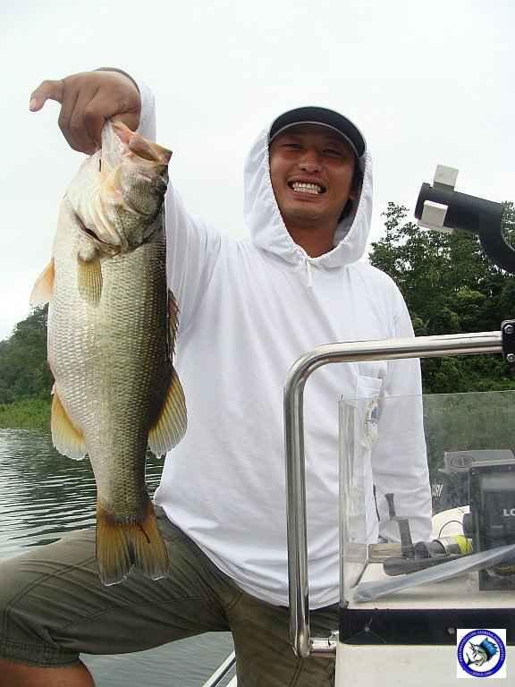 philippine bass fishing 01974.jpg