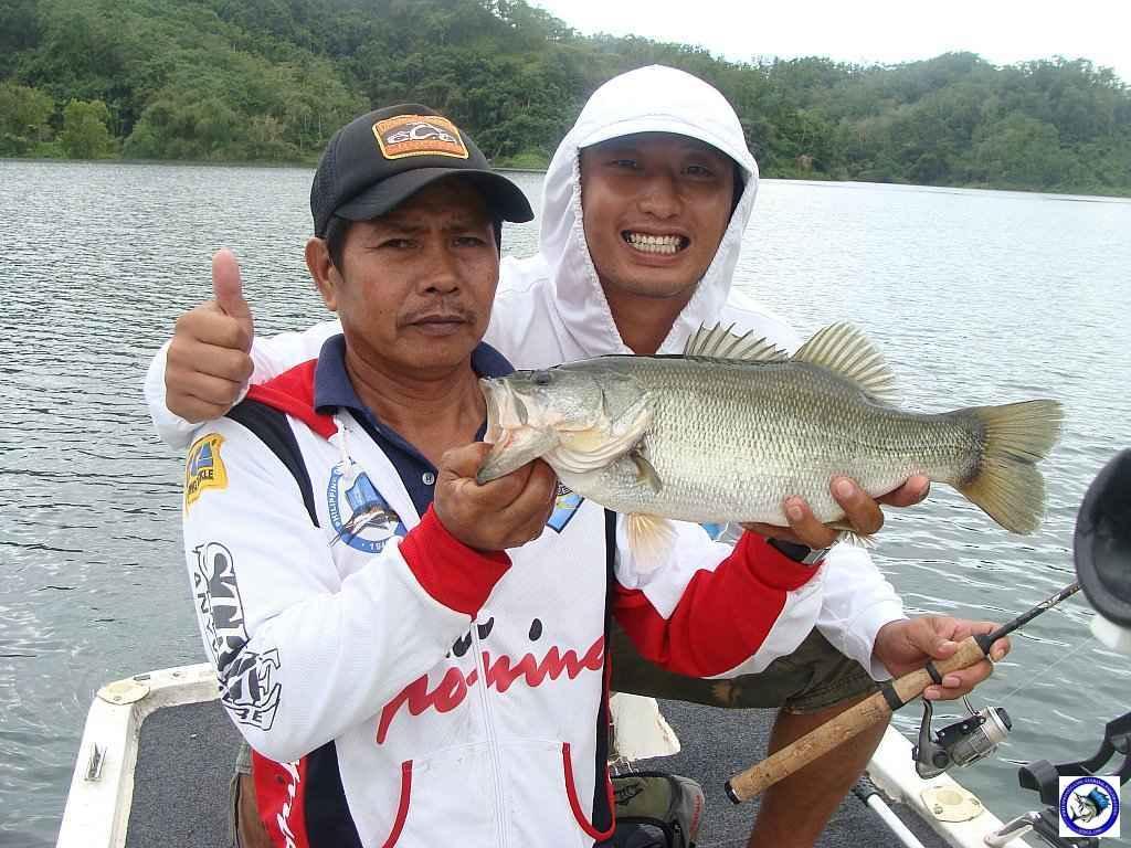 philippine bass fishing 01975.jpg