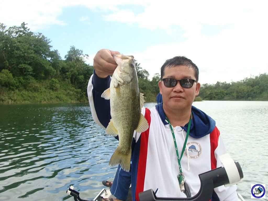 philippine bass fishing 01976.jpg
