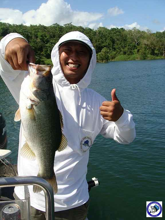 philippine bass fishing 01977.jpg