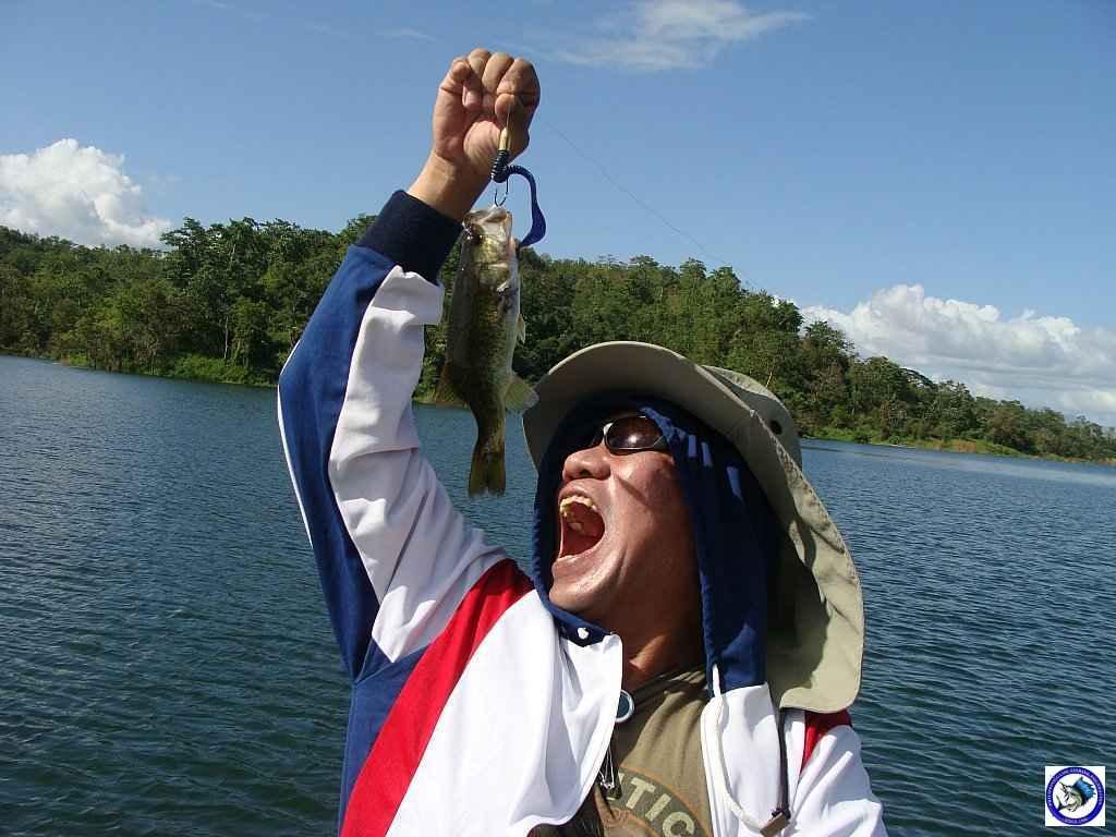 philippine bass fishing 01978.jpg
