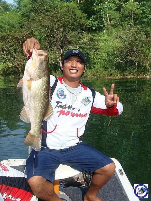philippine bass fishing 01979.jpg