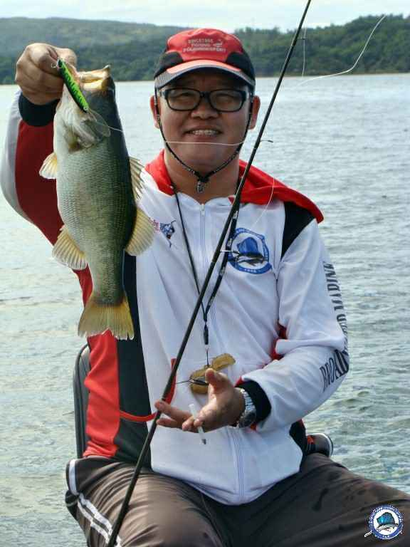 philippine bass fishing 07833.jpg