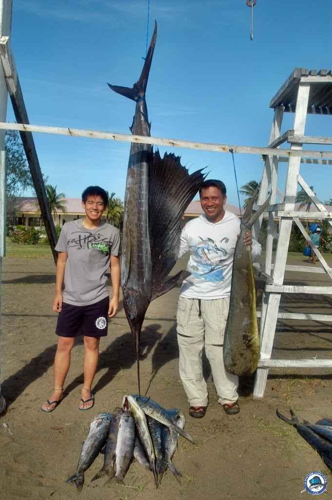 philippine sailfish fishing 0704cagayan 173.jpg