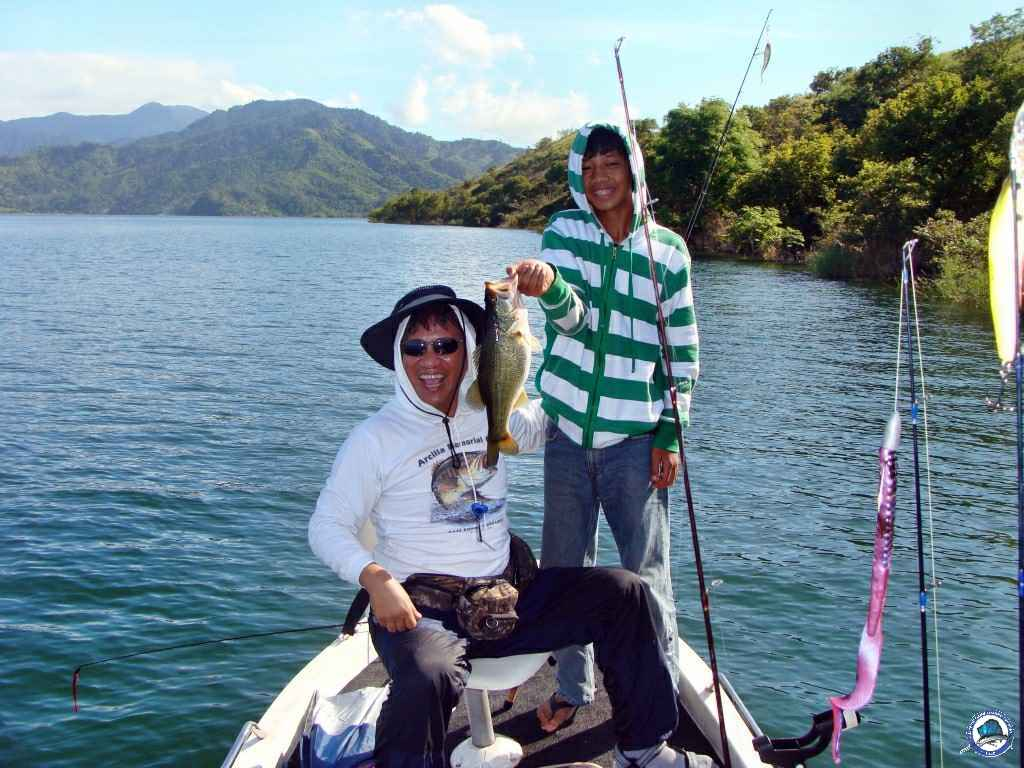 pantabangan largemouth bass fishing 07900.jpg