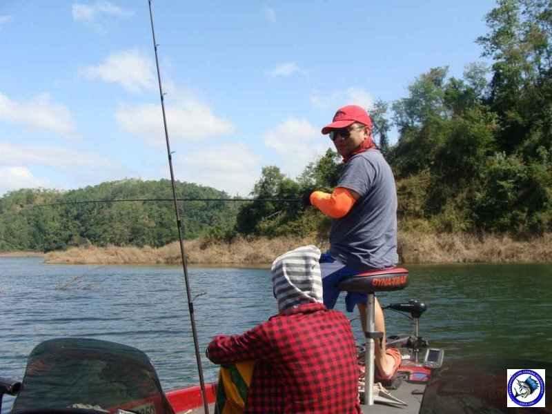 pantabangan bass fishing 02322.jpg