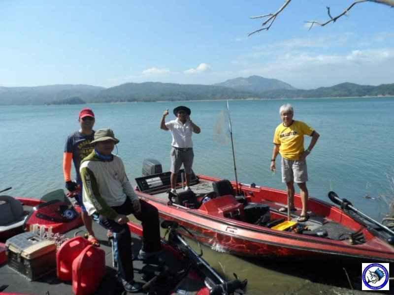 pantabangan bass fishing 02331.jpg